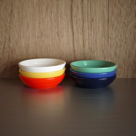 bauerpottery-berrybowl