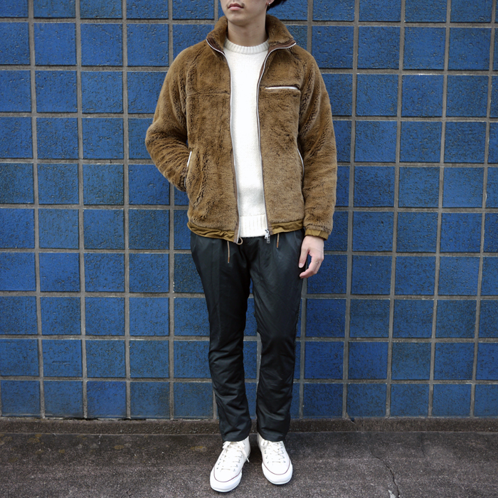 nonnative-exploreracrylhighpile