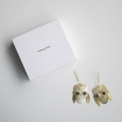 fumikauchida-shellfaceearrings