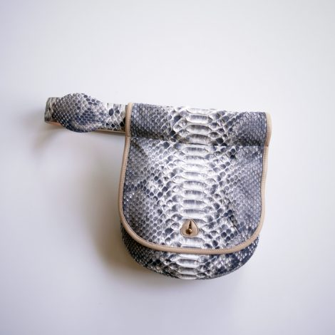 fumikauchida-pythonwaistbag