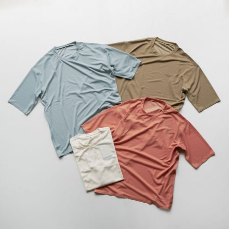 descentepause-zeroseambigtshirt