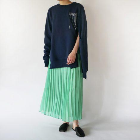 rokh-pinchdetaillogosweater