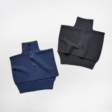 fumikauchida-pullhighneckbibsweater